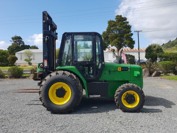 jcb 926 forklift all/rough terrain