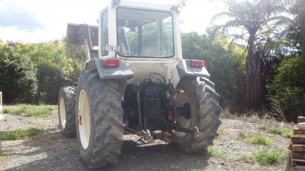 tractors for sale 1400136