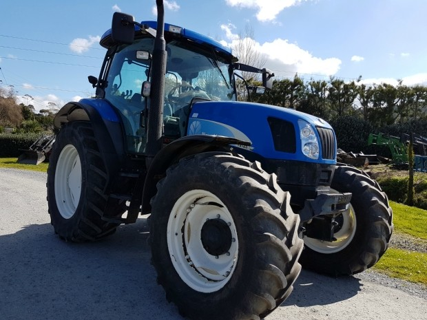 new holland ts125a tractor fwa/4wd