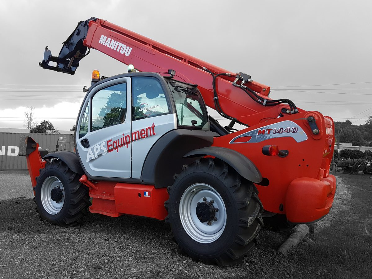 Telehandler MT1440 for hire