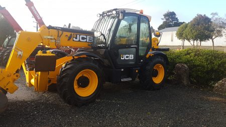 JCB 10 metre Telehandler available for hire