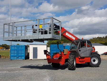 Telehandler with Man-Cage